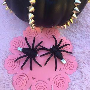 Glitter black spider halloween hair clip set